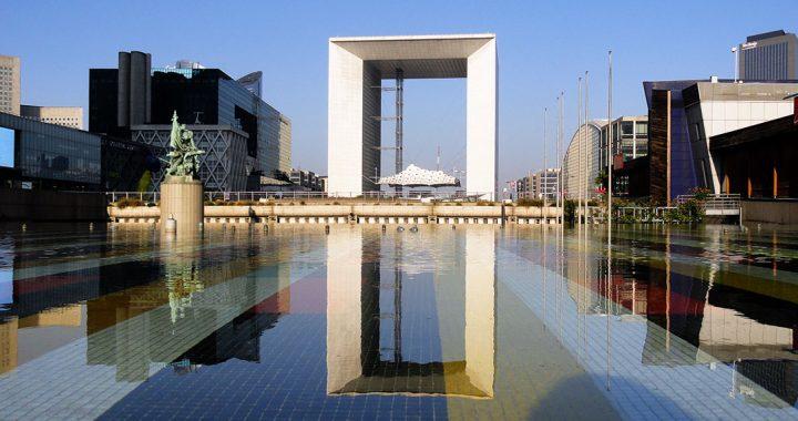 La Défense o lado moderno de Paris